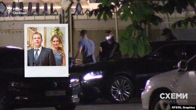 За візками вийшла жінка, схожа на дружину ексдепутата Хомутинніка