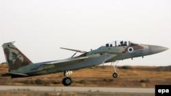 هفته گذشته اخباری مبنی بر تمرین های هوایی ارتش اسرائیل در نزدیکی یونان برای حمله به اهداف اتمی منتشر شد.(عکس: EPA)