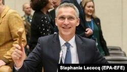 ՆԱՏՕ-ի գլխավոր քարտուղար Յենս Ստոլտենբերգը դաշինքի պաշտպանության նախարարների ժողովում, Բրյուսել, 9-ը նոյեմբերի, 2017թ.