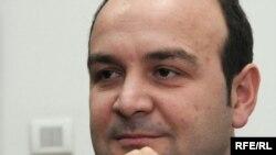 Nikola Fabris, Fotografije uz tekst: Savo Prelević