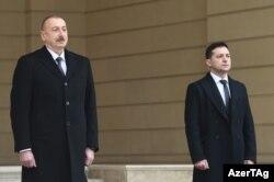 Під час офіційної церемонії вітання президента України Володимира Зеленського. Баку, 17 грудня2019 року