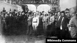 Kirov və Orzhonokidze iBakı dəmiryolu stansiyasında, 28 aprel 1920