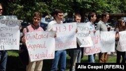 Proteste ale socialiștilor la Chișinău împotriva primarului Dorin Chirtoacă