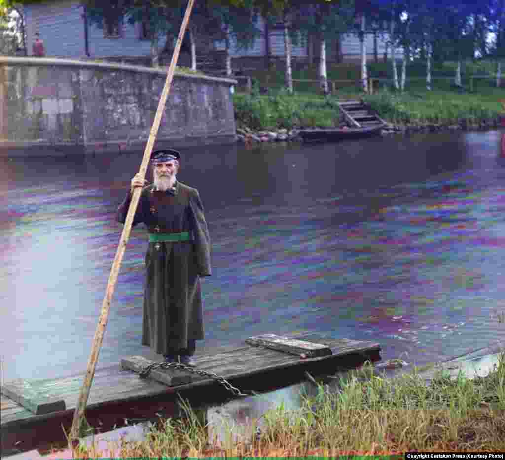 Pinkus Karlinsky...Supervisor of Chernigov Floodgate, 1909