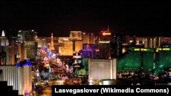 АКШнын кумар оюндары кеңири жайылган Лас-Вегас шаары.