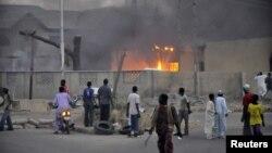 Архивска фотографија: Бомбашки напад врз полициска станица во Кано на 20 јануари 2012 година.