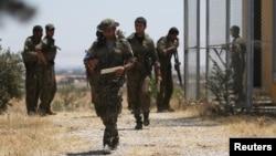 نیروهای دموکراتیک سوریه (SDF)