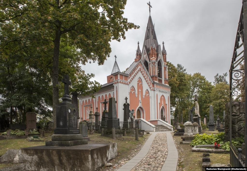 Капліца на могілках Росы ў Вільні, дзе пахаваюць паўстанцаў