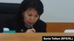 Судья Бейнекуль Кайсина, рассматривающая дело Шухрата Кибирова. Алматы, 26 сентября 2017 года.