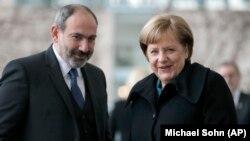 Никол Пашинян и Ангела Меркель в Берлине (архив)
