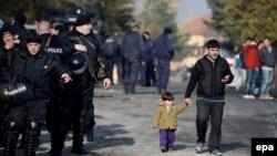 Preko 90 posto od onih koji stižu u Grčku dolaze iz Sirije, Afganistana i Iraka: Zoran Stevanović