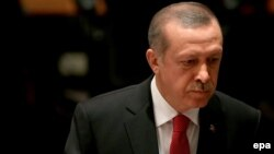 """Эрдогандын: """"Америкага Кристофер Колумбдан мурда мусулмандар барган"""", - деп айтканы талкууга алынган башкы тема болду."""