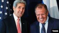 Улыбки Керри и Лаврова 27 сентября, в канун встречи Обамы и Путина