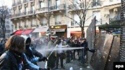 Францию ожидает еще как минимум неделя беспорядков