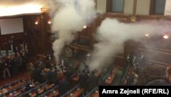 Gaz lotsjellës në Kuvend / 23 tetor