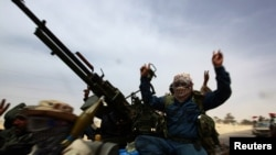 Позиции повстанцев у города Адждабия