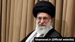 Аятолла Әли Хаменеи, Иран рухани көсемі.