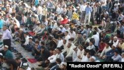Eid al-Fitr prayers are held in the Muhammadiya Mosque in Dushanbe's Vahdat district last year.