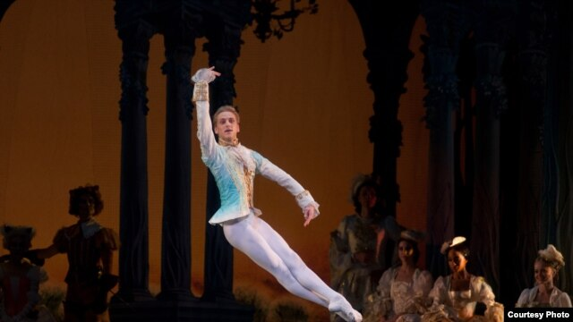"American ballet dancer David Hallberg performing in ""The Sleeping Beauty"" in New York (Photo: Rosalie O'Connor)"