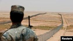 Pamje e kufirit të Arabsië Saudite me Irakun