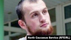 Тимур Куашев был одним из самых известных журналистов на Северном Кавказе. Он сотрудничал с такими изданиями, как «Кавказский узел», «Кавказская политика», журнал «Дош», где работал последний год корреспондентом