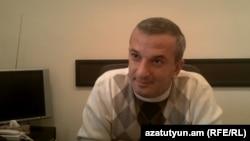 Սպորտի եւ երիտասարդության հարցերի փոխնախարար Արսեն Քարամյանը:
