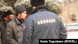 По данным правозащитников, часто исчезнувшие в странах СНГ узбекские беженцы позже обнаруживаются в тюрьмах Узбекистана.