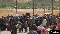 Сирийские беженцы на границе с Ираком. Архивное фото.