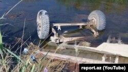 Traktorun qoşqusunun su kanalına aşması nəticəsində 6 nəfər ölüb