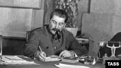 Сталін абяцаў вярнуцца да пытаньня беларускай Калінінградзкай вобласьці