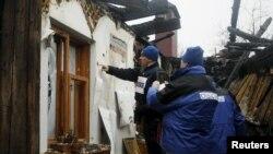 Сотрудники Специальной мониторинговой миссии ОБСЕ на Украине, ноябрь 2015