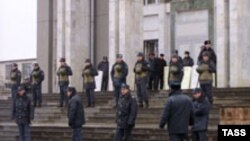 В 2004 году из-за своего зятя президент Карачаево-Черкесии едва не лишился поста