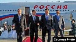 Орусиянын премьер-министри Дмитрий Медведев Кыргызстанда бүгүн эртең менен келди.