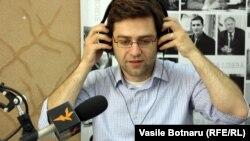 Expertul Nicu Popescu, în studioul Europei Libere la Chișinău