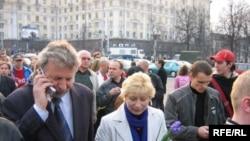 «Чернобыльским шляхом» за решетку. Александр Милинкевич во время акции 26 апреля