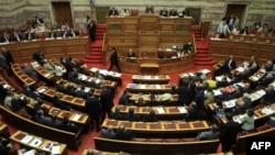 Pamje nga seancat e mëparshme të Parlamentit të Greqisë