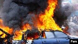انفجار چند بمب در مناطق شيعه نشين در بغداد و کوفه حداقل ۷۵ کشته و بيش از ۱۵۰ مجروح به جای گذاشت.