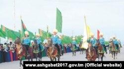 Азия ойындарының қарсаңында Ахшадатта өткен салтанатты марш.