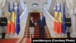 Președintele Klaus Iohannis și premierul Maia Sandu