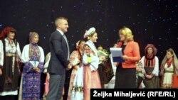 Zvonko Milas sa učesnicama takmičenja