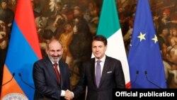 Премьер-министр Армении и Италии после переговоров, Рим, 22 ноября 2019 г.