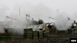 Підтримувані Росією бойовики проводять військові навчання поблизу Донецька (ілюстраційне фото)