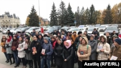 Акция у здания Госсовета Татарстана в поддержку татарского языка, 26 октября 2017 года