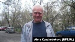 Зейнеткер Анатолий Селезнев. Алматы, 25 сәуір 2014 жыл.