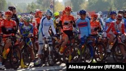 Велопогайда 200 профессионал спортчи иштирок этиши режалаштирилган эди.