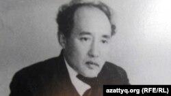 Казахский писатель Мухтар Ауэзов, автор романа «Путь Абая».