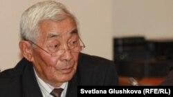 Кандидат ветеринарных наук Адилькасым Жакипбаев. Астана, 19 октября 2015 года.