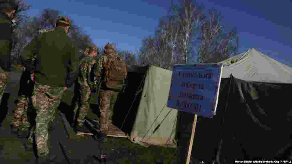Ukrainian soldiers voted in special tents.