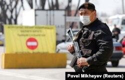 Алматыдағы блокбекеттердің бірі. 19 наурыз 2020 жыл.