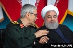 Iranski predsjednik Hasan Ruhani (desno) i načelnik Generalštaba oružanih snaga general Muhamud Husein Bagheri